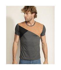 camiseta masculina slim com recortes manga curta gola careca cinza mescla escuro