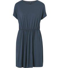 klänning pcpetrine ss dress