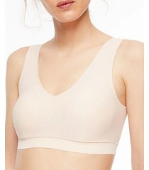 chantelle women's comfort soft stretch padded bralette 16a1