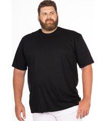 camiseta longford gola careca plus size - preto - masculino - dafiti