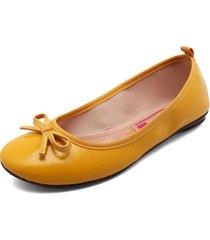 baleta amarilla moleca