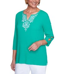 alfred dunner petite costa rica textured embroidered top