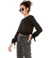 blusa negra ambiance