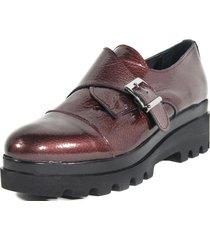 zapato hebilla lateral burdeo nara