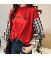 camiseta de dos piezas con mangas largas y estampadas a cuadros de principios del otoño.