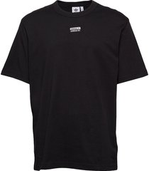 f tee t-shirts short-sleeved svart adidas originals