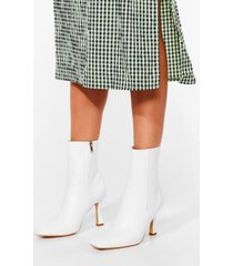womens watch your step heeled chelsea boots - white