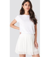 na-kd mini pleated skirt - white