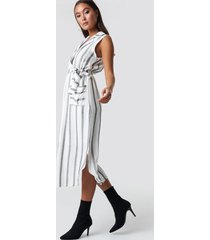 trendyol striped slit midi dress - white