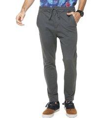 pantalón gris boardwise chupín gabardina cintura con cordón