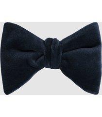 reiss hike - velvet bow tie in navy, mens