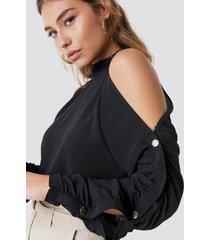 rut&circle button sleeve blouse - black