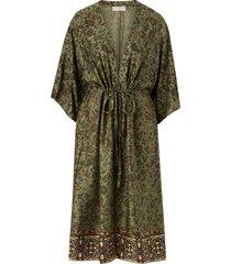kimono emmeliacr