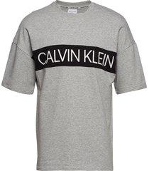 s/s sweatshirt t-shirts short-sleeved grå calvin klein
