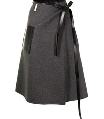peter do buckle-fastening leather midi skirt - grey