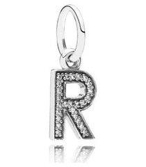 charm de prata pendente brilhante letra r