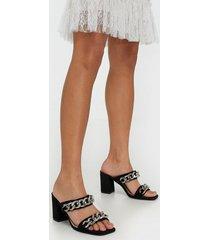 nly shoes chunky chain sandal high heel