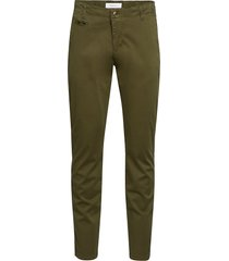 chuck regular chino pant - gots/veg chino broek groen knowledge cotton apparel