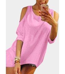 rosa redonda cuello camiseta con hombros descubiertos
