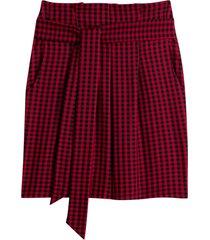 kort, rak kjol med smårutigt mönster