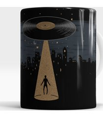 caneca abducted by music