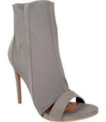 tacones caña media gris shoe republic prisma