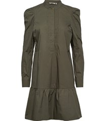 nubeatriz dress knälång klänning grön nümph