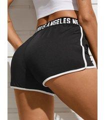 shorts de cintura con cordón de retazos de letras yoins