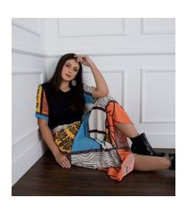 conjunto saia longa estampada + t.shirt multicolorido