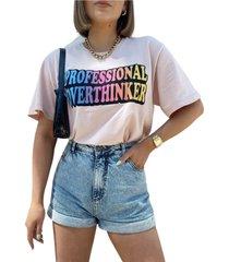 blusa in love t-shirt over pensadora rosa - kanui