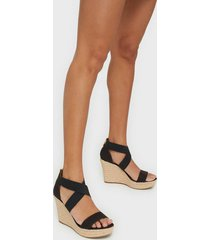 michael michael kors prue wedge high heel