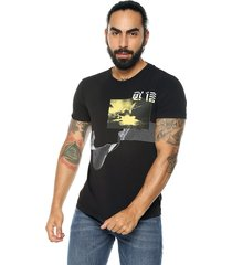 camiseta negro diesel