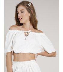 blusa feminina cropped ombro a ombro texturizada com linho manga curta bege claro