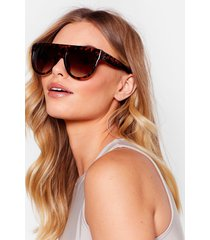 womens you tort wrong oversized flat top sunglasses - brown