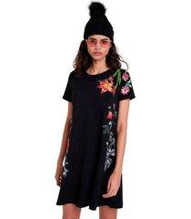 klänning knit dress short sleeve