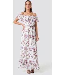trendyol carmen flower maxi dress - white
