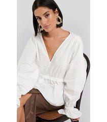 na-kd gathered puff sleeve blouse - white