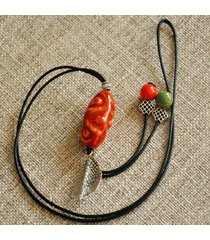 collana a forma di foglia vintage pendente collana di perle con perle ovali irregolari per donne