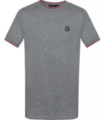 t-shirt with logo plaque