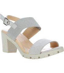 sandalia cuero oversensitive gris hush puppies