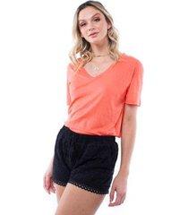 blusa colors decote v pop me
