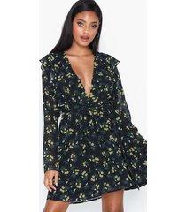 glamorous long sleeve floral dress klänningar