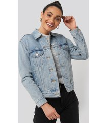 levi's exboyfriend soft trucker jacket - blue