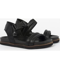 sandalia negra heyas alicia