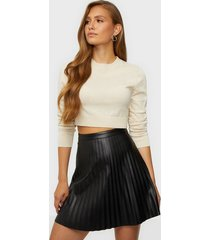 jacqueline de yong jdytwix pleat faux leather skirt ot minikjolar