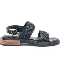 sandalia de cuero negra paloma cruz any
