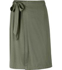 kjol med omlottdesign