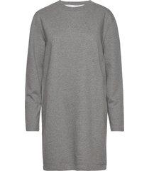 ls 3d metallic logo dress knälång klänning grå calvin klein