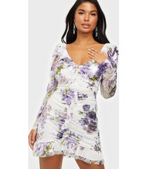for love & lemons wildflower foil lace mini dress fodralklänningar