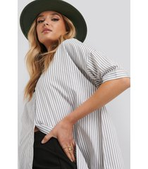 na-kd classic oversized long striped shirt - white,grey